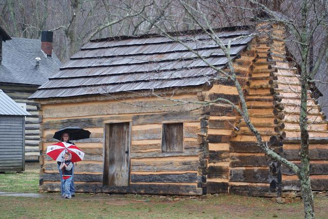 Abraham Lincoln childhood home is located in Elizabethtown, Kentucky