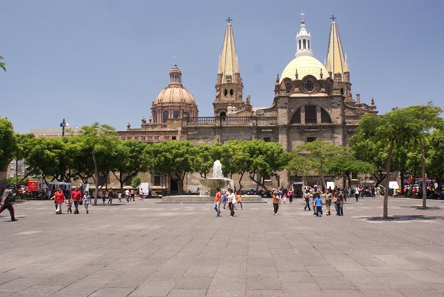 Guadalajara's Catedral Metropolitana (1568) , Plaza de la Liberacion (Liberation Square)